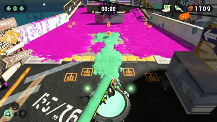 今集大滚轮追加垂直拨动攻击,油漆可向前方较远位置飞溅,适合进行突击移动时使用。