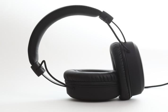 Sharkoon B1 头戴式耳机