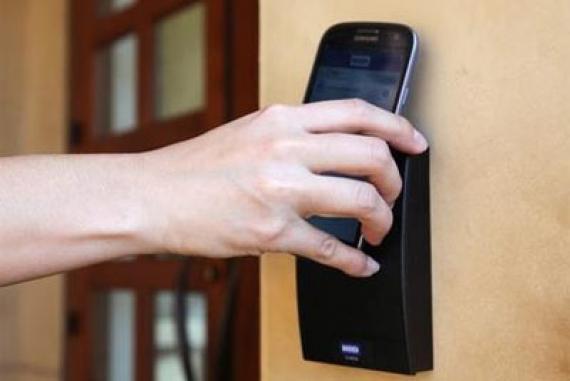 Apple即将开放NFC权限iPhone一秒变身门禁卡